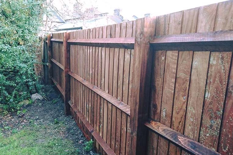 Closeboard Fencing Installation | Chelmsford Fencing and Landscaping