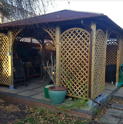 Arched Lattice Panels   Chelmsford Fencing and Landscaping