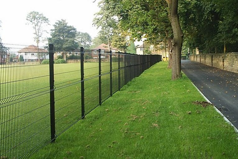 Weldmesh Installation | Chelmsford Fencing and Landscaping